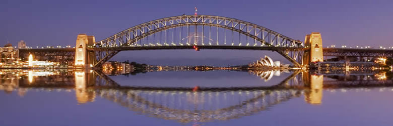 555 English School・Sydney Harbour Bridge - Sydney, Australia.