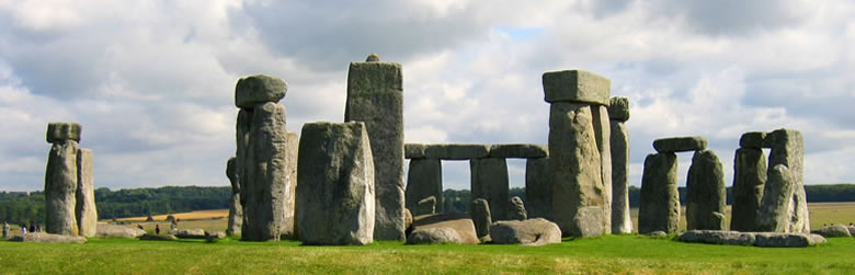 555 English School・Stone Henge - Salisbury, England.